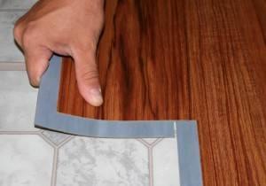 Виниловое напольное покрытие укладка