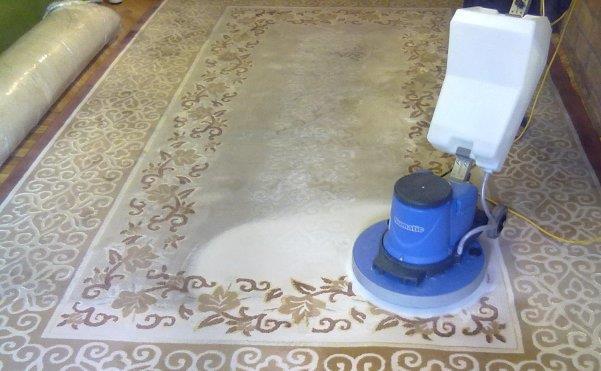 Оборудование для чистки ковра