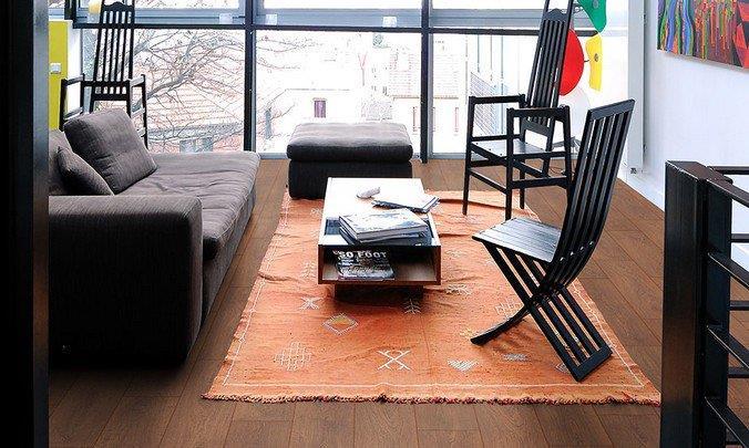 Ламинат Elegance Oak из коллекции Cosmopolitan Villeroy Boch в интерьере гостиной в японском стиле