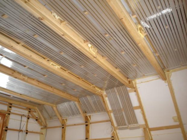 Как сделать теплый потолок в деревянном доме
