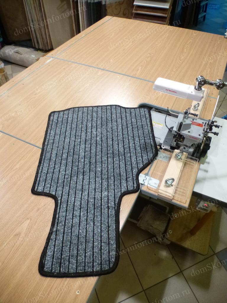 коврики для автомобиля из ковролина