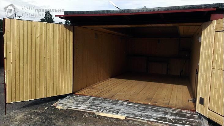 Обработка деревянного пола в гараже
