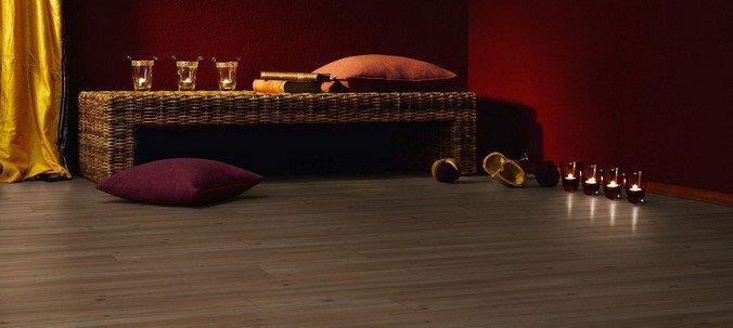 Ламинат 31 класса цвета какао в экзотическом интерьере
