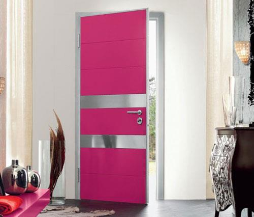 Разный цвет дверей и пола