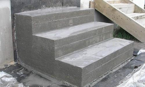 lestnitsa-iz-betona-500x300