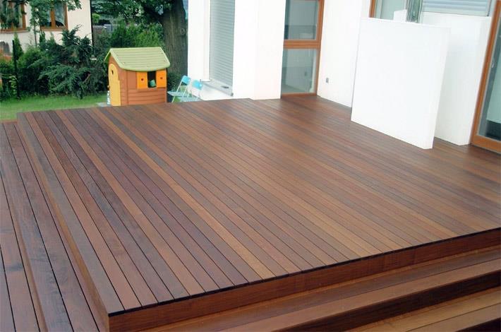 Деревянное напольное покрытие для террасы. Садовый паркет (декинг из ТМД)