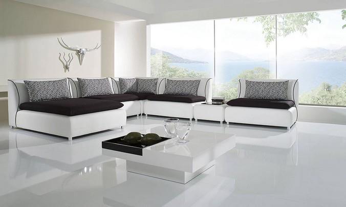 Белый ламинат в гостинной загородного дома
