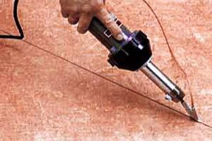 Сварка линолеума шнуром