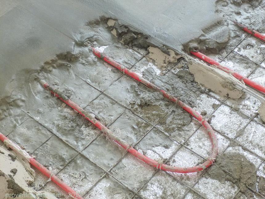 водяной теплый пол - заливка бетонной стяжки