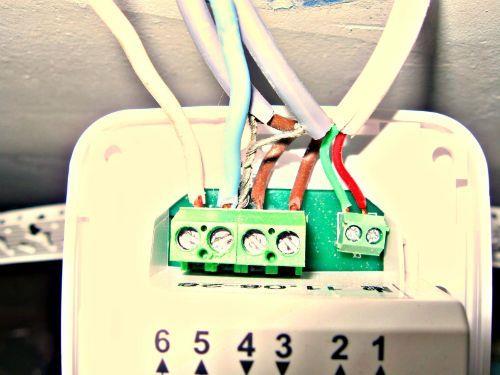 Как подключить терморегулятор без заземления