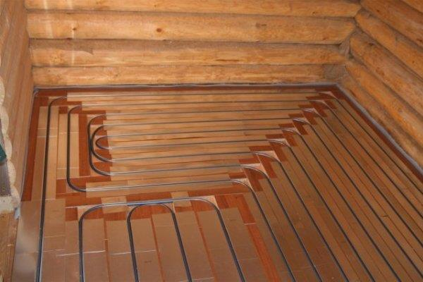 Водяной пол с деревянным настилом